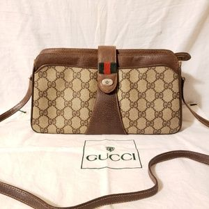 Gucci vintage authentic crossbody